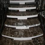 Лестница из мрамора Imperador Dark